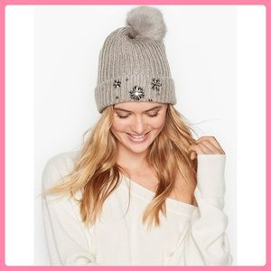 New Victoria's Secret Sparkle Pom-Pom Hat/ Beanie